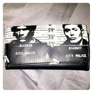 👻Supernatural 😈 Mug Shot Wallet